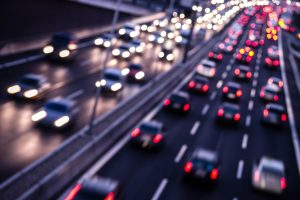 Auf der Autobahn gilt eine Geschwindigkeit von 130 km/h als Richtwert.