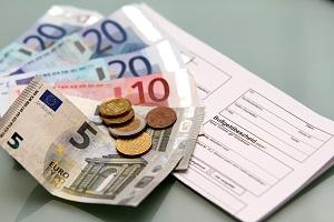 Bußgeld: Die Höhe wird anhand des Bußgeldkatalogs ermittelt.