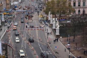 Dürfen Kraftfahrer, die ihren Führerschein verloren haben, trotzdem am Straßenverkehr teilnehmen?