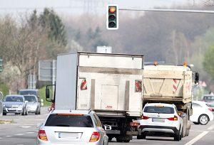 Eine ordnungsgemäße Ladungssicherung gilt für Transporter ebenso wie für Anhänger.