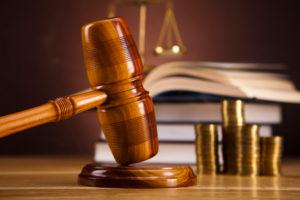 Die Rechtskraft beim Bußgeldbescheid tritt u. a. ein, wenn Sie keinen Einspruch einlegen.