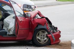 Ein Verkehrsunfall kann Personenschäden als Folge haben.